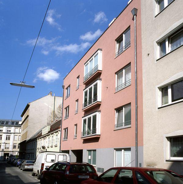 1070_Wien_Halbgasse_26